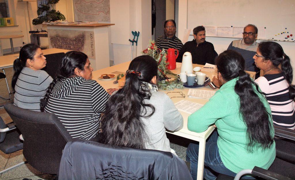 Kurse für pflegebedürftige Menschen und ihre Angehörigen
